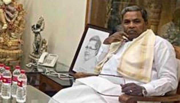 Siddaramaiah pointed out that there are no ministers for revenue, agriculture and rural development departments, which have to deal with drought and floods.(ANI Photo)