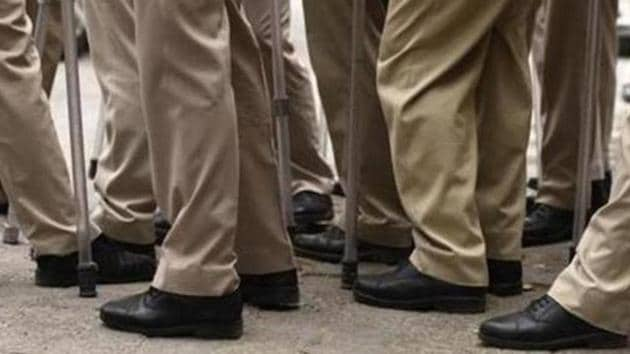 Fifteen police constables, including nine of now and six of sometime earlier, posted in the security of Unnao rape survivor, were summoned to the Central Bureau Investigation (CBI) headquarters in Delhi for questioning.(Burhaan Kinu/ Hindustan Times)