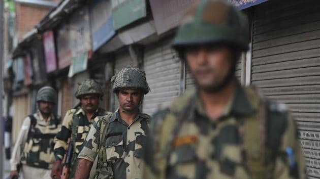 Security forces patrol in Srinagar, Sunday, Aug. 4, 2019.(AP Photo)