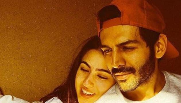 Kartik Aaryan and Sara Ali Khan are rumoured to be a couple.(Instagram)