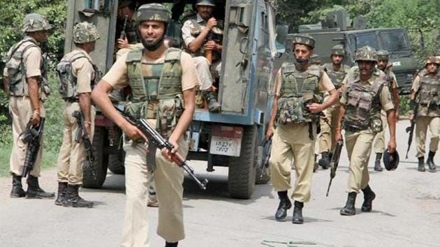 The gang was busted when three youths approached the STF with a complaint about the gang and told the officials that the accused had taken Rs 1.5 lakh from each of them on the pretext of recruitment in the Army. ( Image used for representation).(PTI PHOTO.)