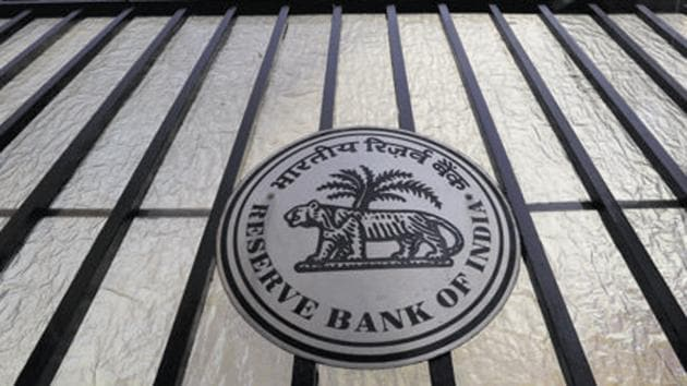 The RBI has decided to allow round-the-clock fund transfers through NEFT from December 2019.(REUTERS)