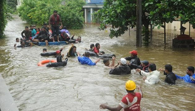 Incessant rains followed by heavy discharge of water has led to floods in Sangli and Kolhapur with at least 139 villages marooned over the last 48 hours.(WIRE Photo)