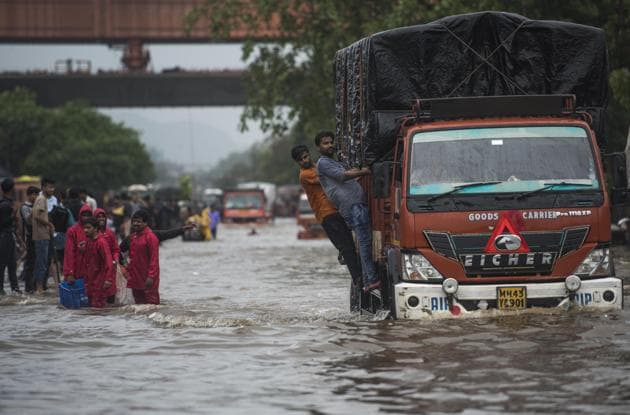 The city's plans must be redrawn to make space for rainwater both on the ground and below the ground.(Pratik Chorge/HT Photo)