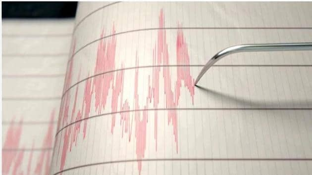 A 6.0-magnitude earthquake struck off Taiwan's northeastern coast on Thursday, the island's weather bureau said, shaking buildings and cutting power to around 2,000 buildings.(HT Photo)