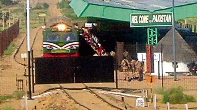 File photo of the Thar Link Express ready to leave from the Pakistan side of India-Pak border.(HT File Photo)