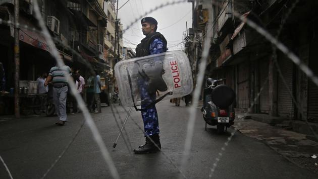Restrictions have been imposed in several districts of Jammu and Kashmir as a precautionary measure after the state lost its special status.(PTI photo)