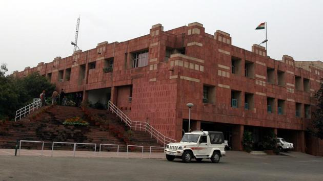 The Jawaharlal Nehru University (JNU) administration on Friday issued show cause notice to JNU students' union (JNUSU) president N Sai Balaji for pasting posters on walls at the campus.(Hindustan Times)