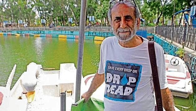 Delhi could soon follow Mumbai-based water conservationist Aabid Surti's model to save water.(Pratham Gokhale/ HT photo)