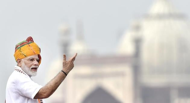 Prime Minister Narendra Modi addressed the nation during Independence Day celebrations at the Red Fort in Delhi, in New Delhi, India, on Thursday, August 15, 2019.(Ajay Aggarwal/HT PHOTO)