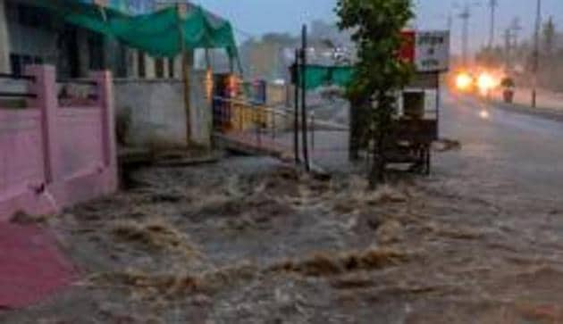 The weather department has forecast heavy rains in the Hadoti region in the next 24 hours.(PTI File photo/ Representational Image)