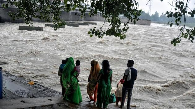 The reason behind the huge crowd there: everyone wants to take a look at a pregnant Yamuna.(ANI photo(Representational image))