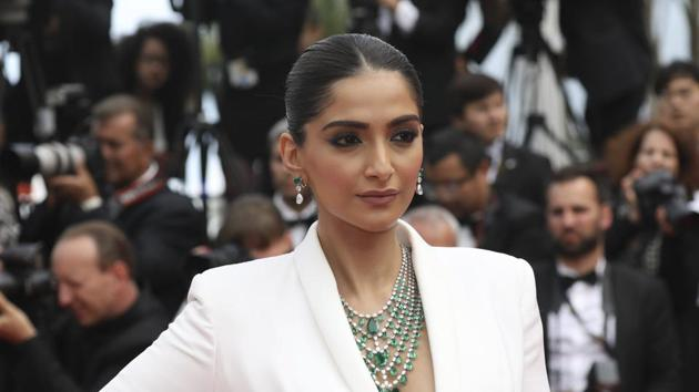 Sonam Kapoor has responded to trolls who said 'she should move to Pakistan' after an interview.(AP)