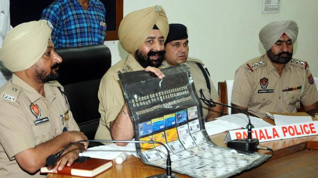 SSP Mandeep Singh Sidhu addressing the press conference at Police line in Patiala on Monday, August 19, 2019.(Bharat Bhushan/ Hindustan Times.)