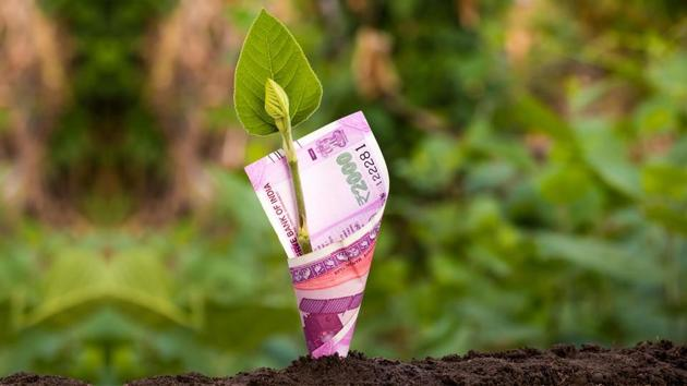 Businesses opt for working capital finance available through internal and external sources.(istock)