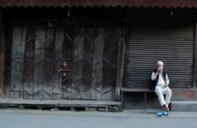 Rumours have swirled around the number of people who may be under arrest. Is it the case, as whispers in Srinagar suggest, that no major mainstream politician is ready to face the public? Or is the government unwilling to release them and allow protests?(REUTERS)