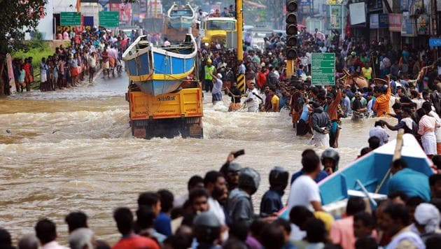 During last year's floods the IAS officer came to Kerala to hand over a cheque of the Dadra and Nagar Haveli administration and left the place quietly. On leave, he worked for eight days in different relief camps discreetly by loading and unloading relief material.(HT PHOTO.)