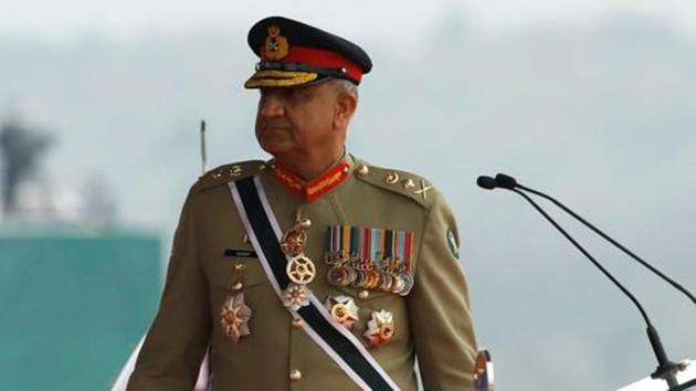 Pakistan Army chief General Qamar Javed Bajwa met with Vice Chairman of Central Military Commission General Xu Qiliang for a one-on-one meeting which was followed by talks with a high level delegation.(Reuters photo)