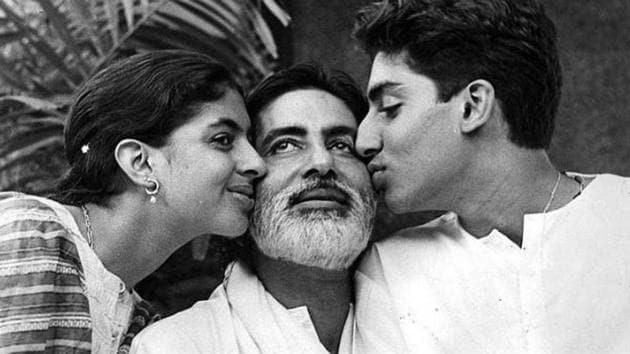 A throwback picture of Amitabh Bachchan, with his children, Abhishek and Shweta.