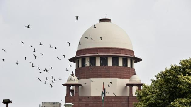 The Supreme Court will on Wednesday hear a clutch of petitions challenging the Centre's decision to revoke Article 370(Sonu Mehta/HT PHOTO)