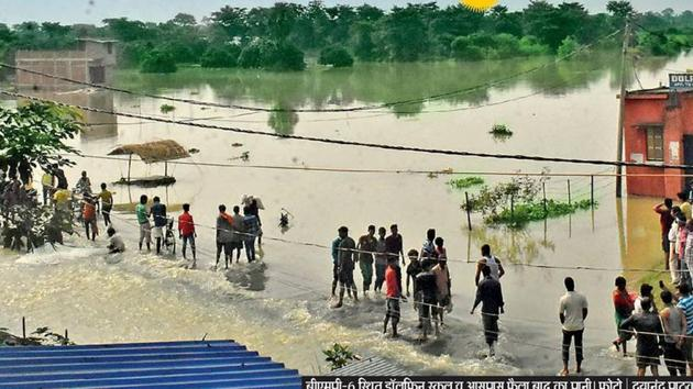 The decision of the state government has given relief to thousands of students from flood-affected areas.(HT/PHOTO)