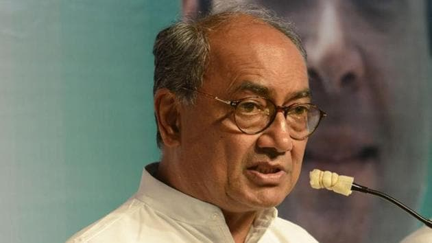 Congress leader Digvijaya Singh stirred a hornet's nest with a claim that BJP and Bajrang Dal men were taking money from Pakistan's spy agency ISI after the Madhya Pradesh Police bust a spy ring two years ago.(HT FILE PHOTO)