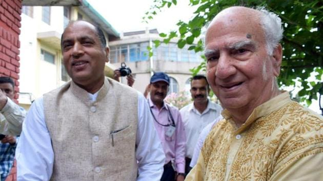 Chief minister Jai Ram Thakur with former chief minister and BJP senior leader, Shanta Kumar in Palampur on Tuesday.(Sourced)