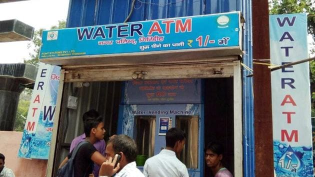 The project is on the lines of the water ATMs installed at various railway stations across Mumbai.(HT File Photo)
