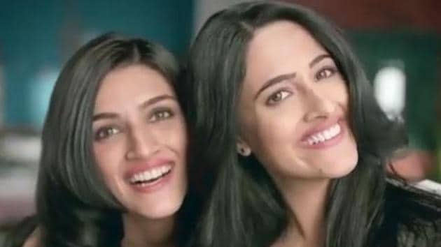Kriti Sanon currently lives with her sister Nupur who will soon make her debut in Bollywood.