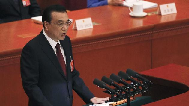 Chinese Premier Li Keqiang has said Beijing supports Hong Kong's leadership, helmed by embattled chief executive Carrie Lam.(AP PHOTO.)