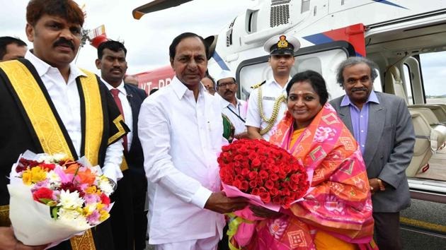 Tamilisai Soundararajan, the second Governor of Telangana, was received at the airport by chief minister K Chandrasekhar Rao.(HT Photo)