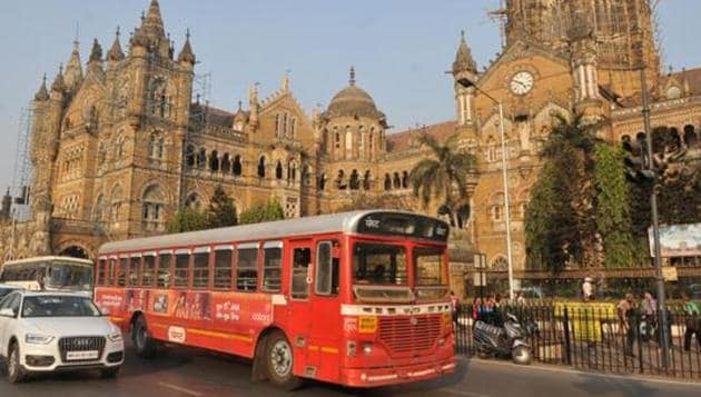 The app will allow passengers to check estimated arrival and journey time with the help of the Vehicle Tracking System fitted on the buses.(HT PHOTO.)