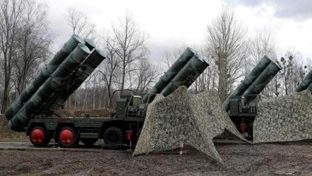 Russian Deputy Prime Minister said that S-400 air defence missile systems will be delivered to India in strict accordance with the schedule.(Reuters Photo)