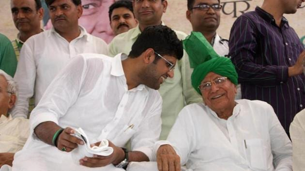 The representatives of a dozen odd Khaps have written a letter to Jannayak Janata Party(JJP) leader Dushyant Chautala and have asked him to clear his stand over reconciliation in the Chautala family.(HT Photo)