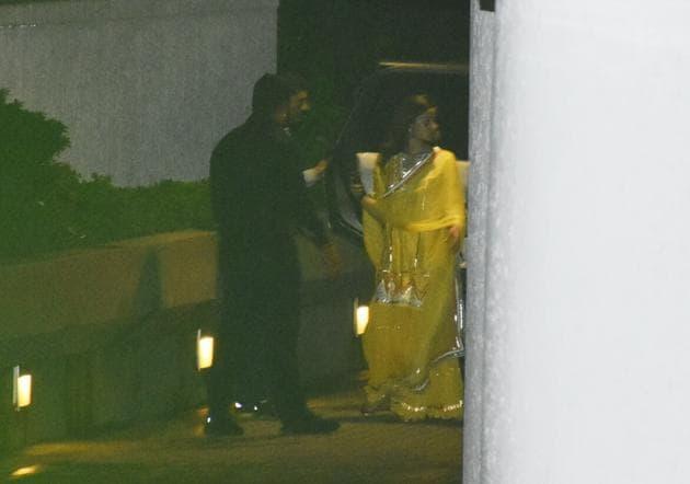 Alia Bhatt visited Ranbir Kapoor's residence on Wednesday to meet Rishi Kapoor.