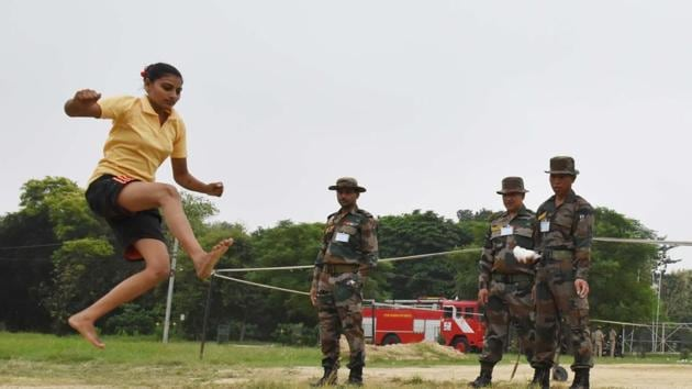 '' Recruitment Rally For Women Military Police As Soldier Genral Duty'', at 'AMC' Stadium M G Road, Lucknow, Uttar Pradesh, India on Thursday, 12, 2019. (Photo by Dheeraj Dhawan/Hindustan Times)