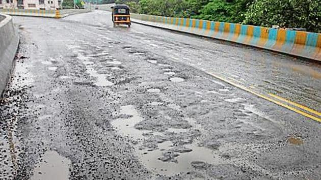 The municipal corporation develops new roads every year or concretises the existing roads. However, most of these roads develop craters or are damaged.(HT image)