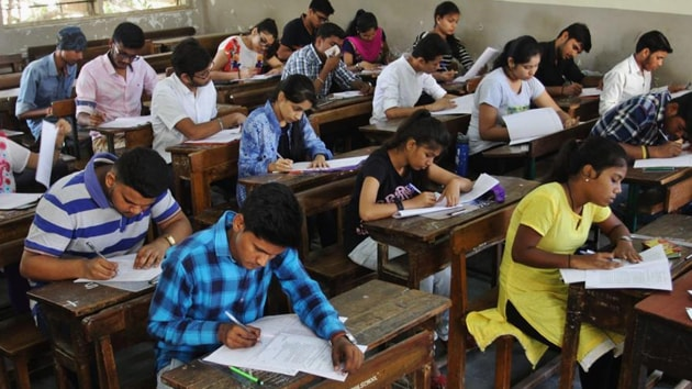 The move to take the IIT entrance exam to the US also comes at a time when the Union government is making strong efforts to get more foreign students to study in top Indian colleges. (HT Photo)