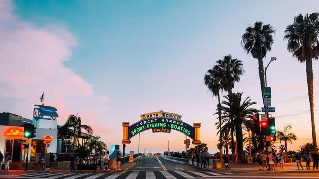 The near-perfect weather in Santa Monica allows an active and relaxing lifestyle throughout the year.(Unsplash)