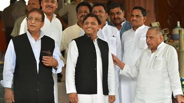 Samajwadi Party founder Mulayam Singh Yadav with his son and party president Akhilesh Yadav and MP Azam Khan on the opening day of the the first session of the 17th Lok Sabha at Parliament House.(PTI/ File photo)