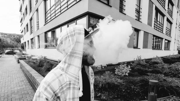 The levels of pulegone, a carginogenic constituent of mint plant oil, that are inhaled by e-cigarette users are as much as 1,000 times higher than those taken in by smokers of menthol cigarettes.(Unsplash)