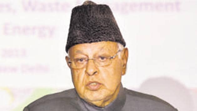 The Jammu & Kashmir administration issued an order on Monday notifying that Srinagar MP Farooq Abdullah had been detained under the stringent Public Safety Act(HT Photo)