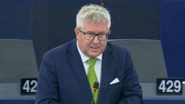 A Member of the European Parliament criticised Pakistan for its terror policies. Taking a jibe at Pakistan, Ryszard Czarnecki said that terrorists didn't land in Jammu and Kashmir from the Moon. He also stressed on the need to support India, the 'greatest democracy of the world'. This marks yet another low for Islamabad, with its efforts to internationalise the issue of Jammu and Kashmir finding no takers on the global stage.