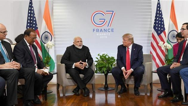 PM Narendra Modi with US President Donald Trump along with NSA Chief Ajit Doval, Foreign Secretary Vijay Gokhale, US Treasury Secretary Steve Mnuchin, and other officials met during the G7 Biarritz Summit, France.(PIB)
