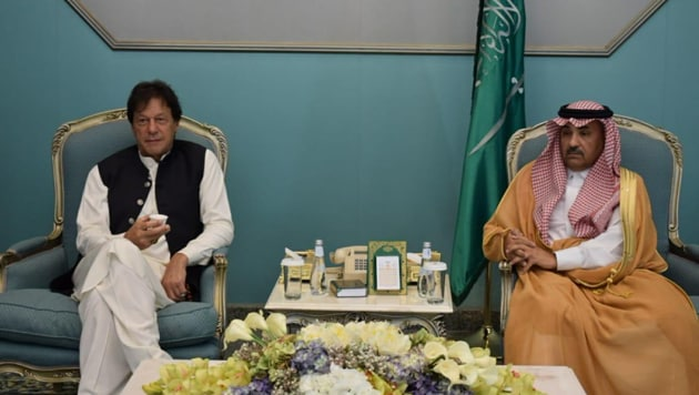 "Pakistan Prime Minister Imran Khan reached the US on Saturday on a ""special aircraft"" of Saudi Crown Prince, Mohammad bin Salman.(Government of Pakistan/Twitter)"