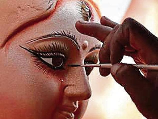 The artisans would have to disclose the address of their factory or idol-making unit.(Virendra Gosain/HT archive)