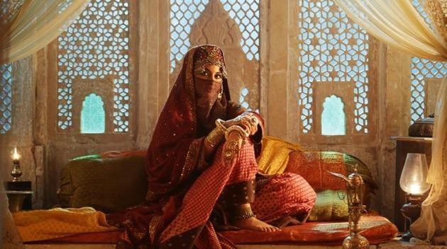 Sonakshi Sinha plays a mysterious character in Laal Kaptaan.