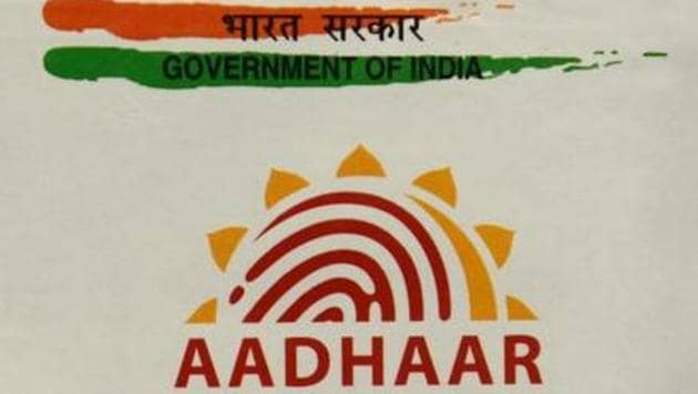 Government extends the deadline for linking Aadhaar with PAN card to December 31, 2019(HT Photo)