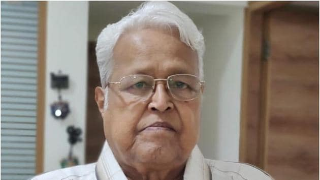 Viju Khote died on Monday. He was 77.