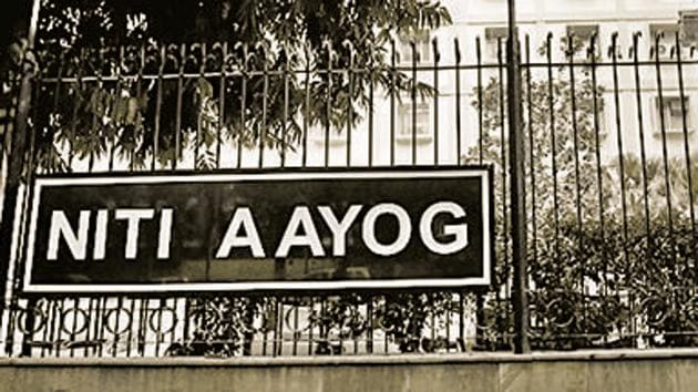 Niti Aayog on September 30 launched the school education quality index.(Mint file)
